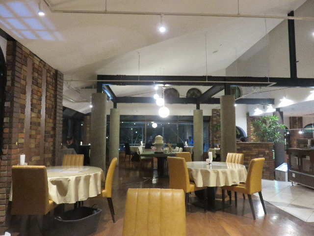 11loop_cafe_restran